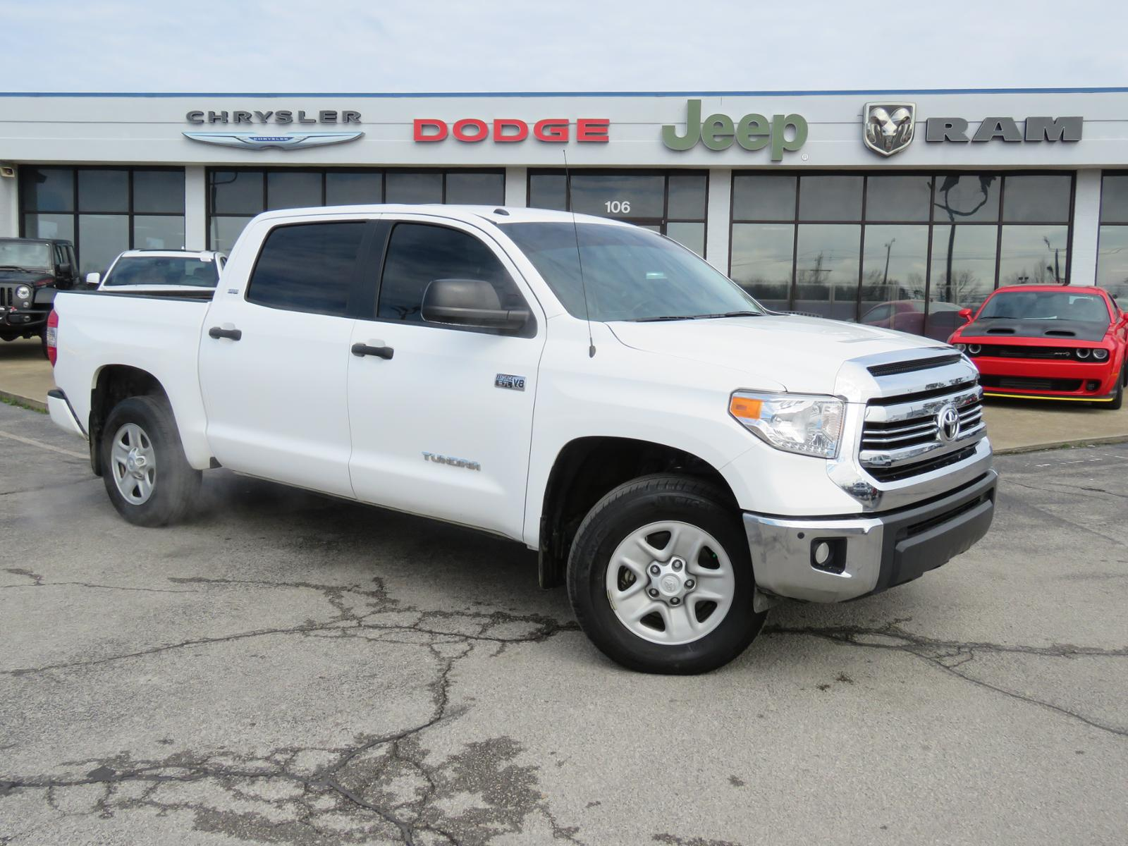 Pre Owned 2017 Toyota Tundra Sr5